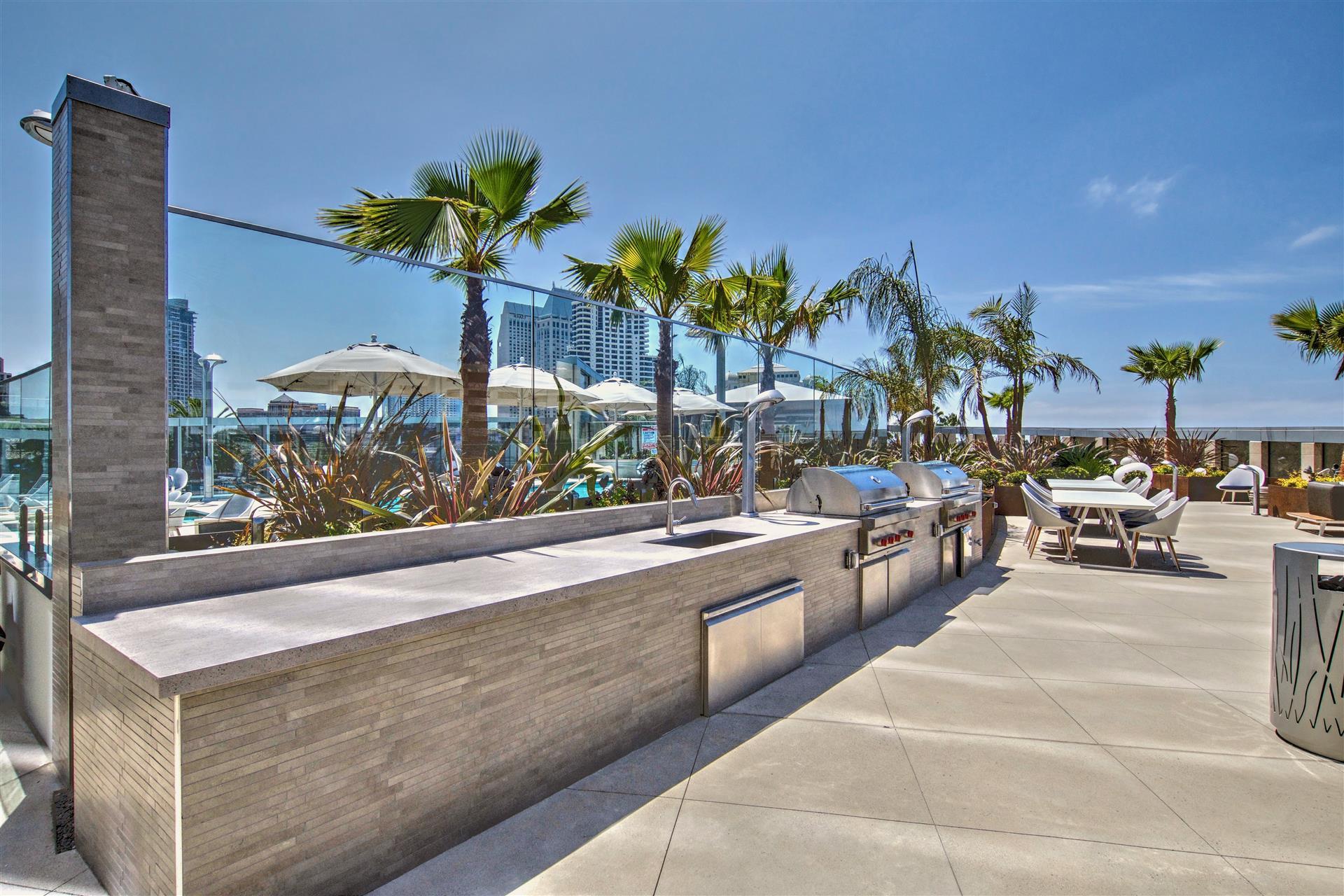 BBQ Deck at Pacific Gate San Diego