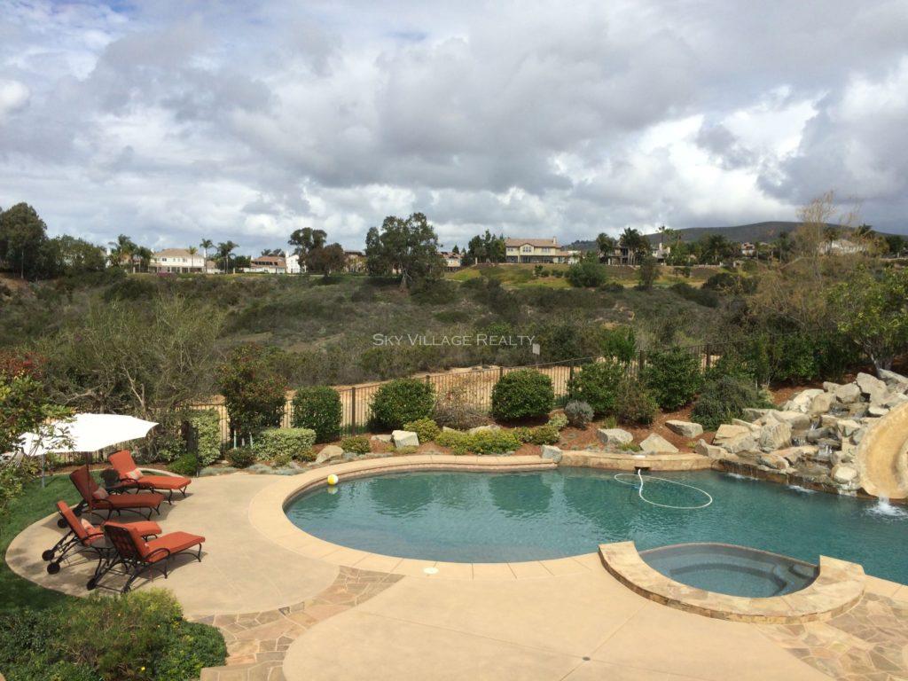 Pool Home in Encinitas