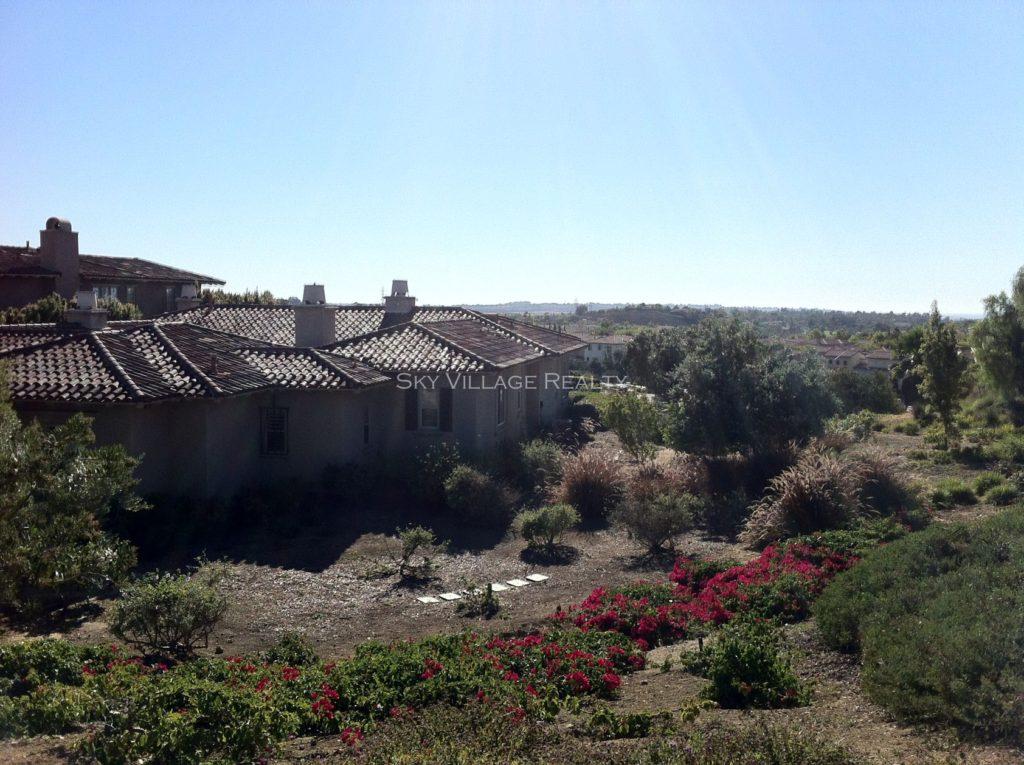 Home in Santaluz